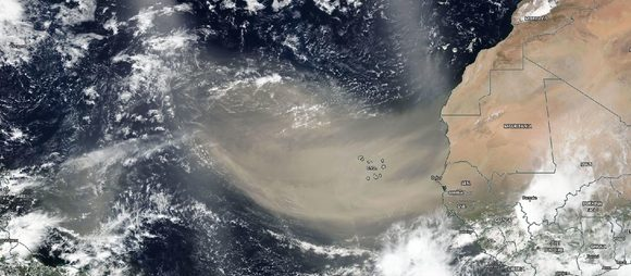 01 nube polvo sahariano 18 junio 2020 580x254