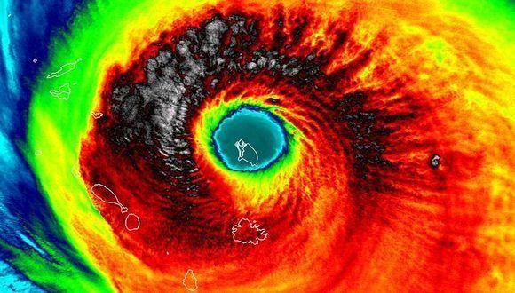 Barbuda dentro del ojo de Irma 580x330