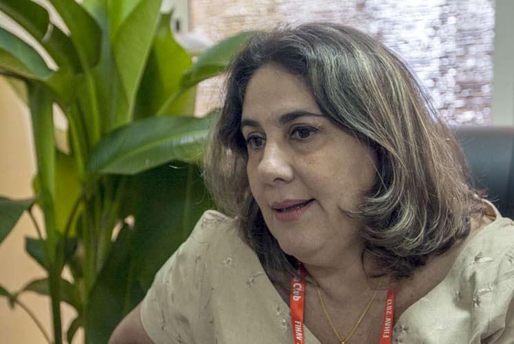 Y Vivian Herrera Directora
