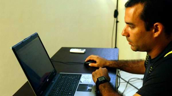 cibernetico dalexis porta cia espionaje foto angelica paredes