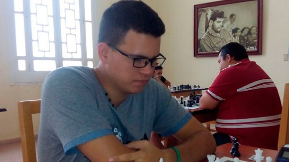 full quesada ajedrez praga