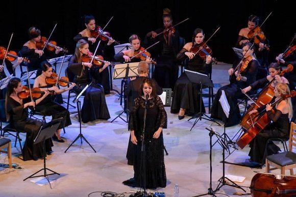 El concierto de la cantautora italiana Carmen Consoli fue uno de los platos fuertes
