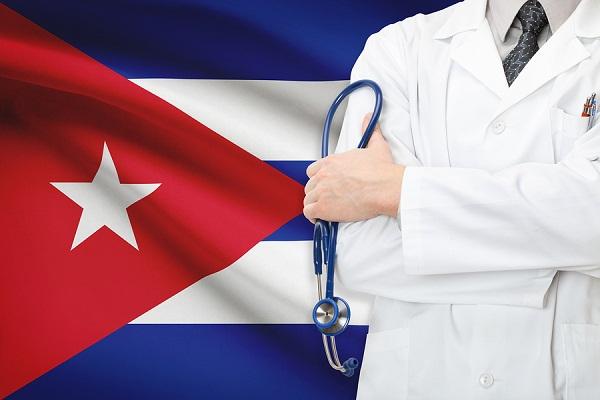 Continúan ataques de EE.UU. contra misiones médicas de Cuba