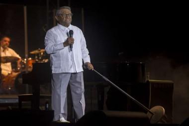 Cantautor mexicano Armando Manzanero en Cuba.