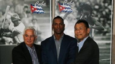 Béisbol: cubanos contratados en Japón