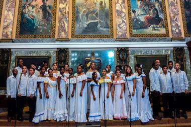 Academia de Canto Mariana de Gonitch expresa solidaridad con Venezuela en concierto