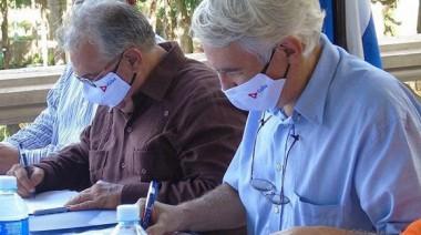 Ambas rúbricas incluyen al Ministerio de Comercio Exterior e Inversión Extranjera (MINCEX), en representación del gobierno de la República de Cuba. Foto: Tribuna de La Habana.