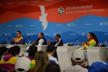Jóvenes del mundo rechazan bloqueo yanqui contra Cuba