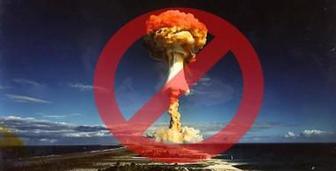 Imagen alegórica a la eliminación de las armas nucleares