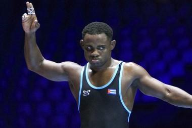 luchador de estilo libre cubano Yowlys Bonne