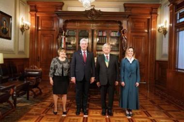 El 1 de diciembre de 2018, el nuevo presidente de México, Andrés Manuel López Obrador y su esposa Beatriz Gutiérrez Muller, recibieron a sus pares de Cuba, Miguel Díaz Canel Bermúdez y Lis Cuesta Peraza en el Palacio Nacional.