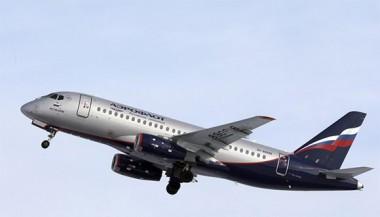 El avión Sukhói Superjet 100 de la compañía Aeroflot, el 30 de abril de 2019. Foto: AP.