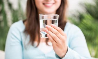 Experto cubano considera el agua un medicamento preventivo