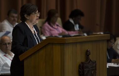 Lina Pedraza, ministra de Finanzas y Precios en el Primer Período Ordinario de Sesiones de la IX Legislatura de la Asamblea Nacional