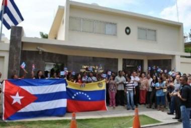 Personal de la embajada de Cuba en Venezuela