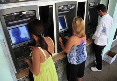 Clientes en cajeros automáticos