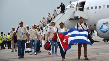 Brigada médica Henry Reeve regresa a Cuba tras atender a damnificados en Perú