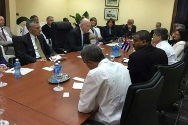 Agradecen labor de congresistas para mejorar relaciones Cuba-EE.UU.