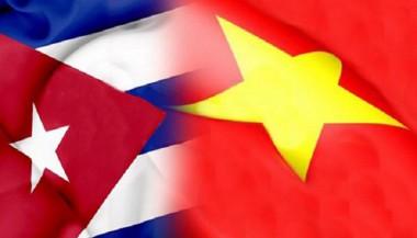 Banderas de Cuba y Vietnam