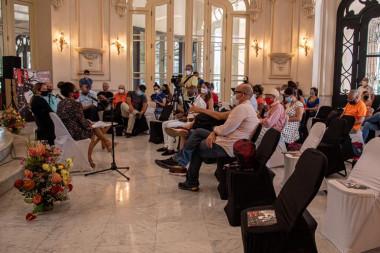 Directora del FITH, Yamina Gilbert ofrece conferencia de presan sobre el 19 Festival Internacional de Teatro de La Habana (FITH)