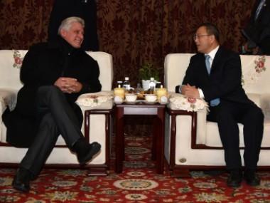 presidente de Cuba, Miguel Díaz-Canel durante su visita a China