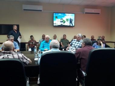 Evalúan en Camagüey temas cardinales de la economía con la presencia de Miguel Díaz Canel