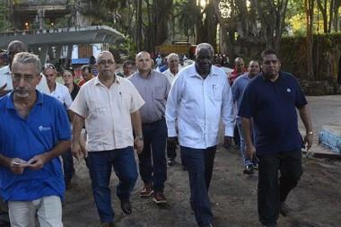 Lazo recorre obras en La Habana