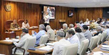 Reunión del Consejo de Ministros, presidida por el General de Ejército Raúl Castro Ruz
