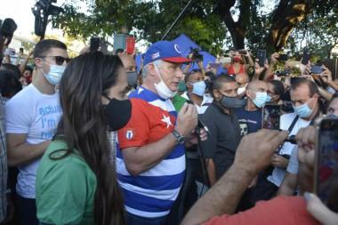 El pueblo está en la calle en defensa de su Revolución