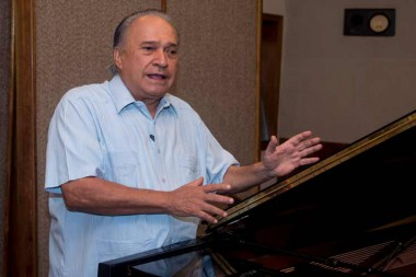 compositor Frank Fernández