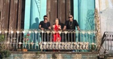 Cantante Kylie Minogue estrena video clip junto a Gente de Zona