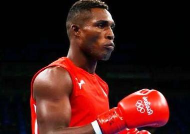 Boxeador cubano, Julio César La Cruz