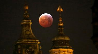 """Versiones de la """"luna de sangre"""" se podrán apreciar este año"""