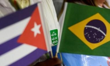 Banderas de Cuba y Brasil