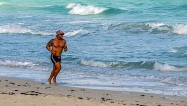 El mar es vida. Foto: Abel Padrón Padilla/Cubadebate