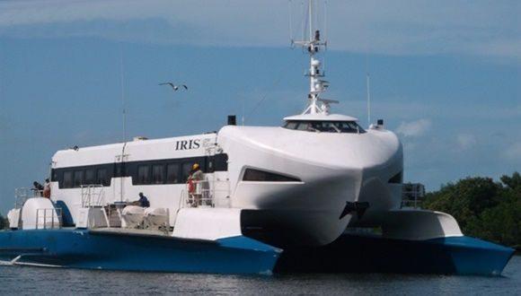 transportacion maritima catamaran iris 580x330