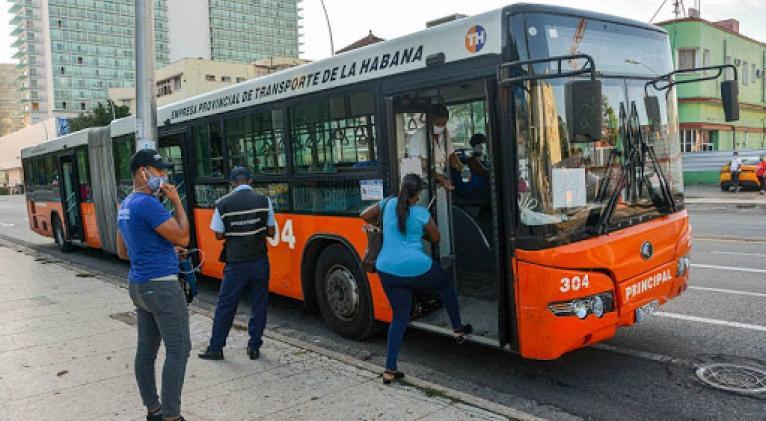 transporte_guagua_habana
